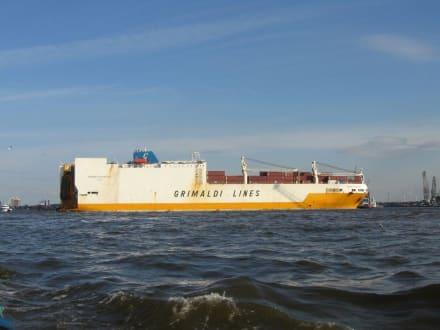 Schiff - Hafenrundfahrt Hamburg