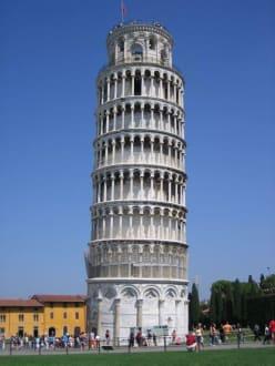 kleiner Turm aber schön - Schiefer Turm von Pisa