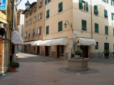 Wegkreuzung - Altstadt Riva del Garda