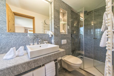 Badezimmer granit