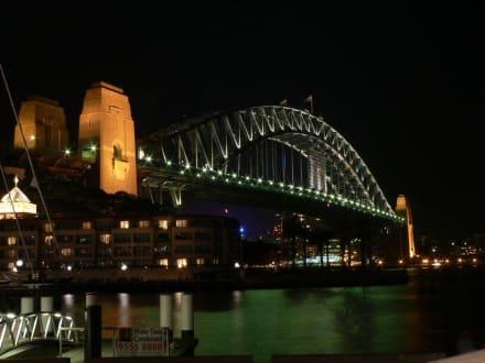 Sydney Harbour Bridge bei Nacht - Harbour Bridge