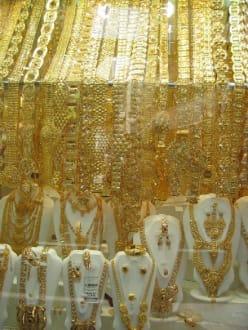 Ein Schaufenster im Gold Souq - Gold Souk