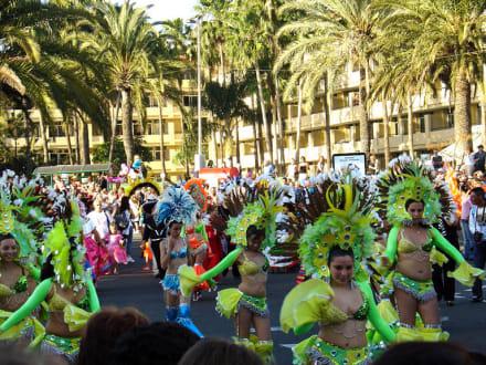 Carnevalsumzug im Süden der Insel - Karneval Maspalomas