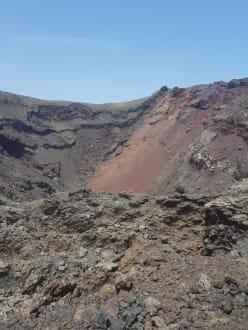 Vulkan von oben  - Nationalpark Timanfaya (Feuerberge)