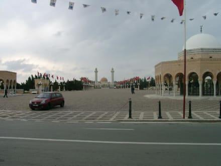 Mausoleum von Habib Bourgouiba - Mausoleum Bourguiba