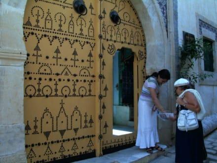 Eingangstür zum Musem Dar Essid - Dar Essid Museum
