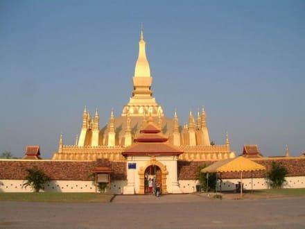Wat That Luang - Stupa - Pha That Luang