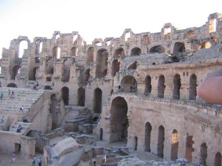 Amphitheater in El-Djem - Südtunesien mit Bergoasen