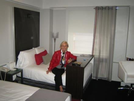 Stylische zimmereinrichtung bild hotel the paramount in for Stylische hotels