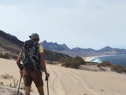 Best Guide u atemberaubende Kulisse  - Wandern TimeforNature Tarajalejo