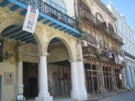 Kolonialgebäude - Altstadt Havanna