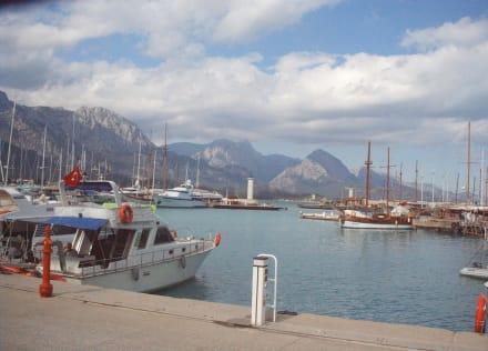 Türkeirundreise 2006 - Yachthafen Kemer
