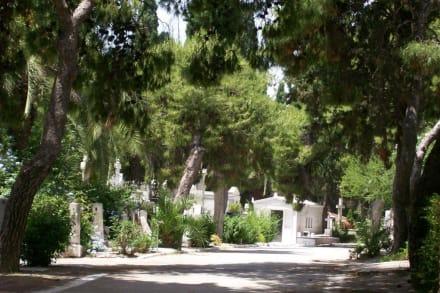 Friedhofsallee - Proto Nekrotafio