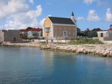 Tempel/Kirche/Grabmal - Zentrum Willemstad