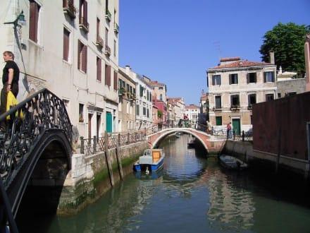 Es muss nicht immer der Canale Grande sein - Altstadt Venedig