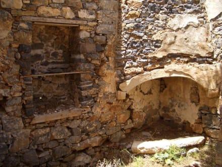 Ruinen alter Häuser - Insel Spinalonga / Kalidonia