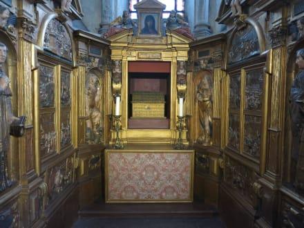 Reichlich Blattgold ist benutzt worden - Basilique Saint-Sernin