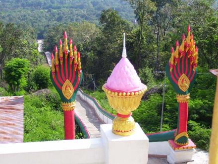 Zur Treppe - Weisser Buddha