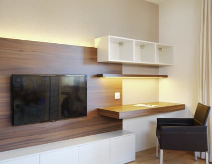 schreibtisch f r wohnzimmer com forafrica. Black Bedroom Furniture Sets. Home Design Ideas