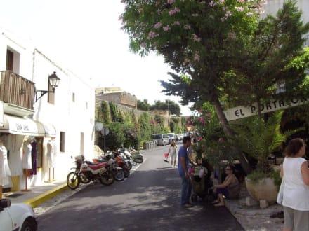 Spaziergang in Dalt Vila - Altstadt Dalt Vila Ibiza
