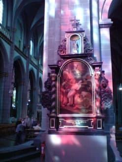 Gemälde im Abendlicht - Xantener Dom