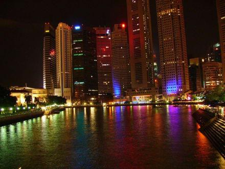 Impressionen bei Nacht am Singapore-River - Boat Quay