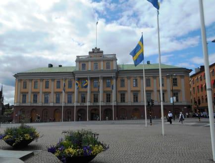 erbf rstenpalais stockholm in stockholm holidaycheck. Black Bedroom Furniture Sets. Home Design Ideas