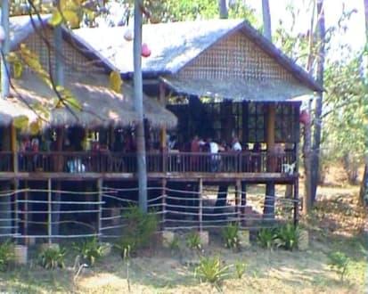 Stelzenbauten - Restaurant Shwe Nandawun