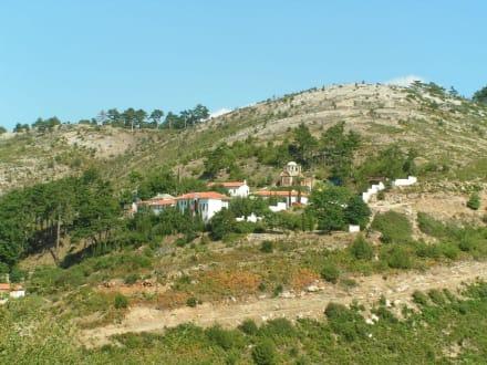 Blick auf das Kloster - Kloster Agios Panteleimonas