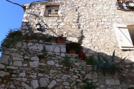 Aussenmauer - Tourrettes sur Loup