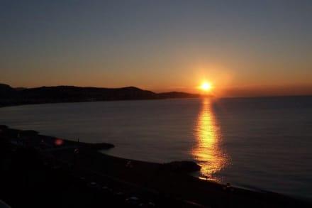 Nizza Sonnenaufgang - Strand Nizza