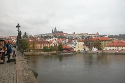Blick von der Karsbrücke zur Prager Burg - Prager Burg / Hradschin