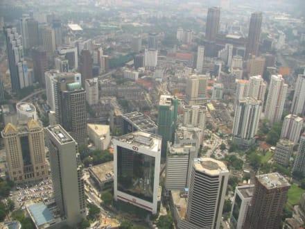 Kuala Lumpur von oben - Menara Kuala Lumpur (Fernsehturm)