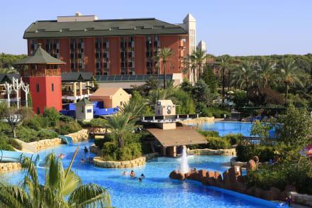 Exterior pool 3 -