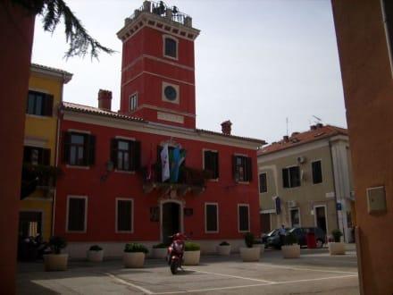 Rathaus von Novigrad - Altstadt Novigrad