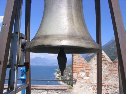 Glocke auf dem Turm - Castello di Malcesine