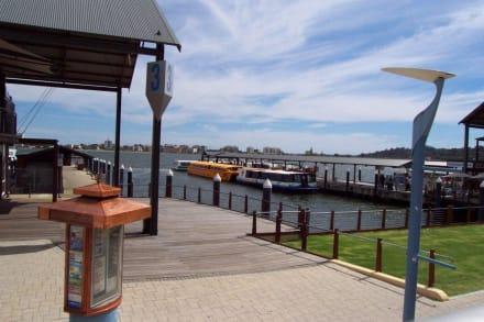 Barrack Street Jetty - Stadtrundfahrt Perth