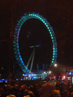 Silvester am Ufer der Themse - London Eye