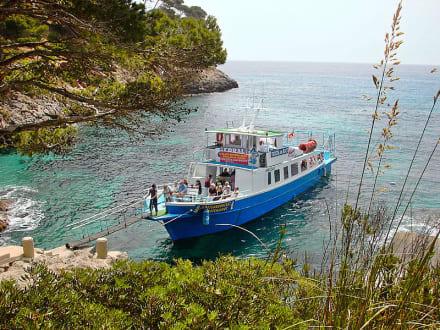 Bootsanleger zur Rundfahrt - Strand Canyamel
