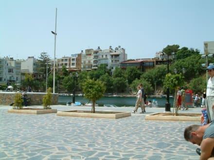 Agios City - Strandpromenade Agios Nikolaos