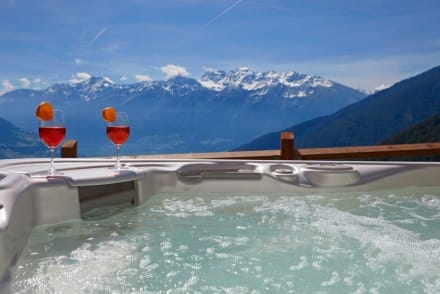 whirlpool im freien hotelbilder alpin relax hotel das. Black Bedroom Furniture Sets. Home Design Ideas
