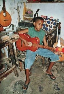 Gitarrenspieler - Gitarrenwerkstatt