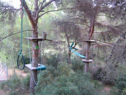 Teile des Höhengartens - Jungle Parc Aventuras