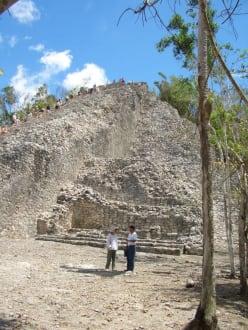 Große Pyramide - Ruinenstätte Cobá