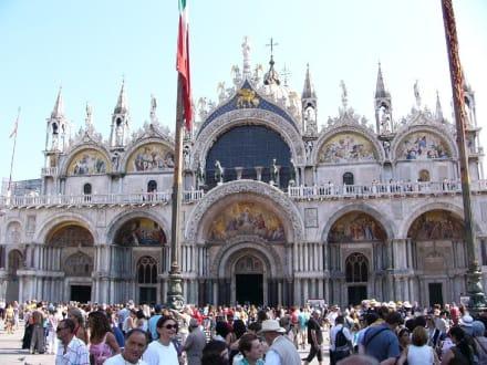 Markusplatz - Basilica di San Marco / Markusdom