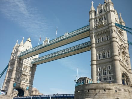 Building (other) - Tower Bridge