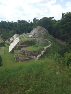 In der Mayastätte Altun Ha - Mayastätte Altun Ha