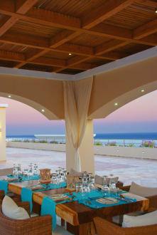 La Marquise Table Set up -