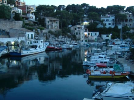 Abendstimmung im Hafen - Hafen Cala Figuera