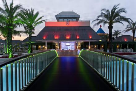 Bella Bar(Pool Bar) -